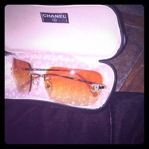 Chanel 4017-D 🍊  gold lens rhinestones w Case